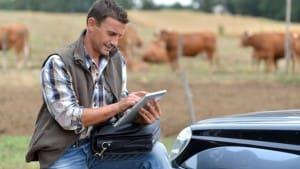 farmer on laptop