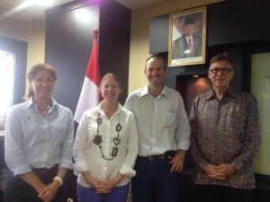 Julie Richter (VRD), Trish Cowley (NT DPI&F), Stuart Austin (CDU Mataranka Stn) and former NT chief minister Terry Mills.