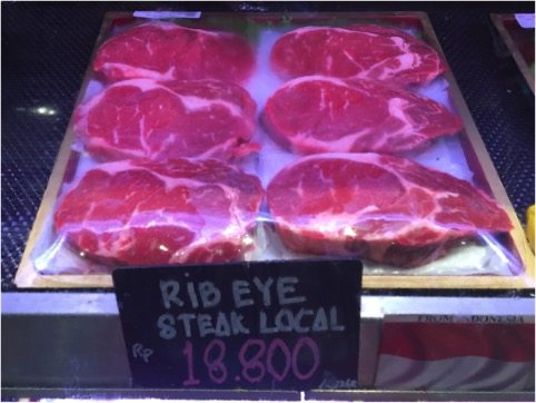 This locally produced (from Aussie feeders) rib eye looks pretty good and is selling at my local supermarket for a very reasonable AUD$18.80 per kg.